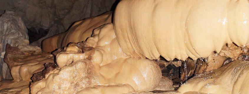 Felsformation in der Sumaguing Höhle
