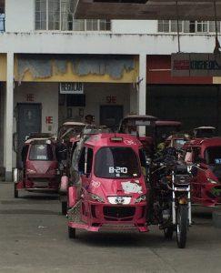 Hello Kitty Tricycle aus der Stadt Baloan auf den Philippinen
